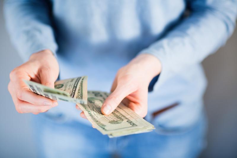 Salary negotiations during hiring process